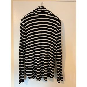 Old Navy Striped Turtle Neck XL